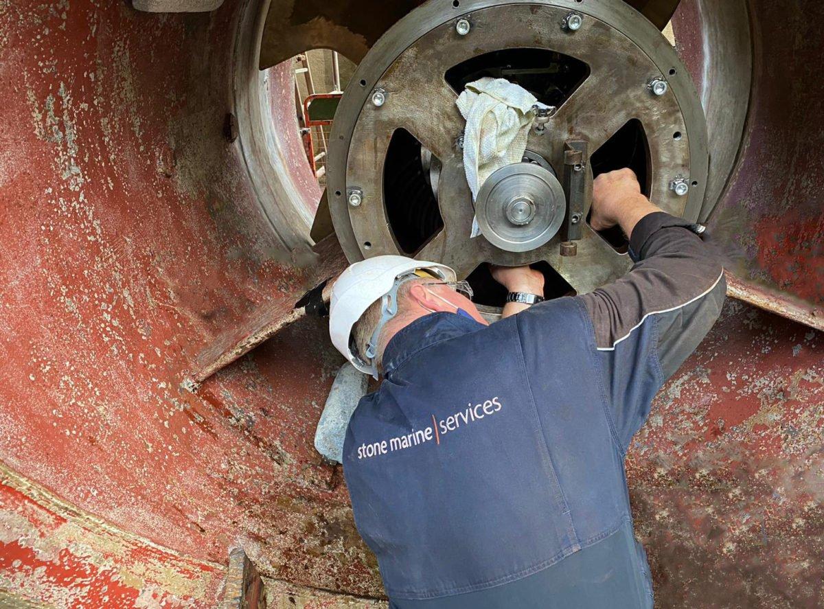 SMS Drydock - Thruster Repair